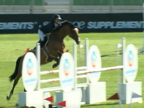 Nicole Pavitt and Commitment win The All England Novice Championship